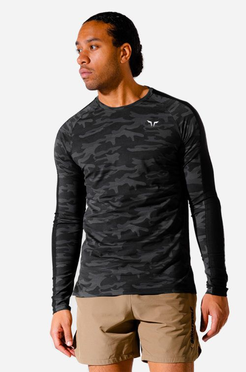 limitless-long-sleeves-top-camo