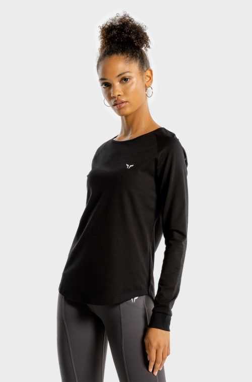 SQUATWOLF-gym-t-shirts-for-women-noor-tee-black-workout-clothes