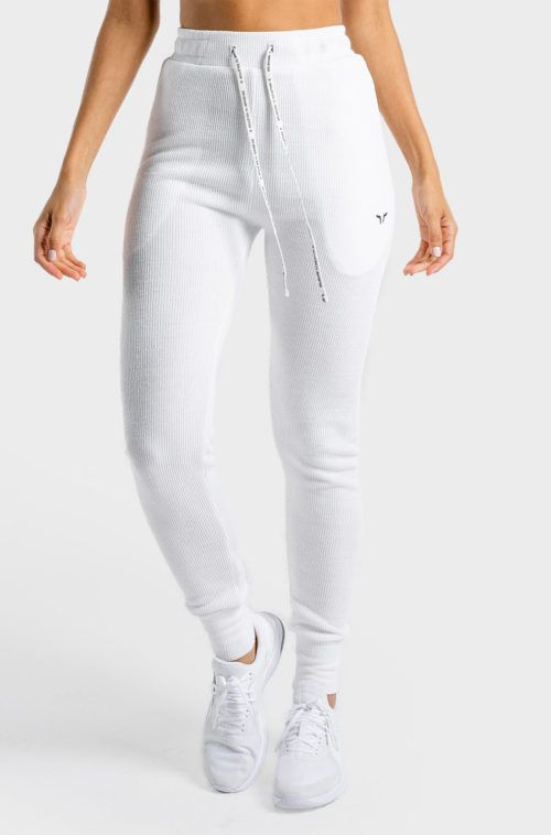 luxe-joggers-female-white
